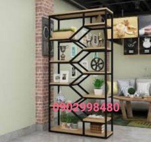Kệ sắt trang trí giá rẻ Huy Hùng tel: 0902998480